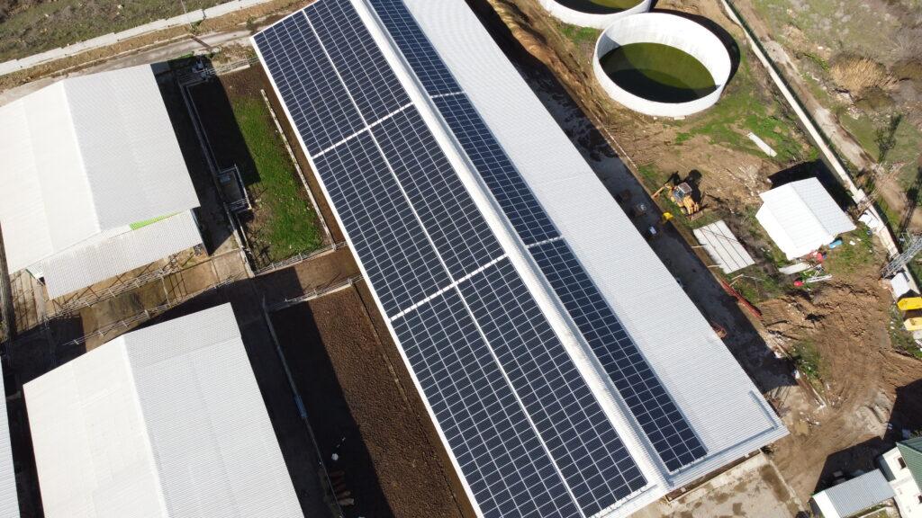 Çiftlik Çatı Güneş Enerjisi Santrali temizlik ve işletme bakım